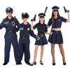 Familia Policías y Ladrones.